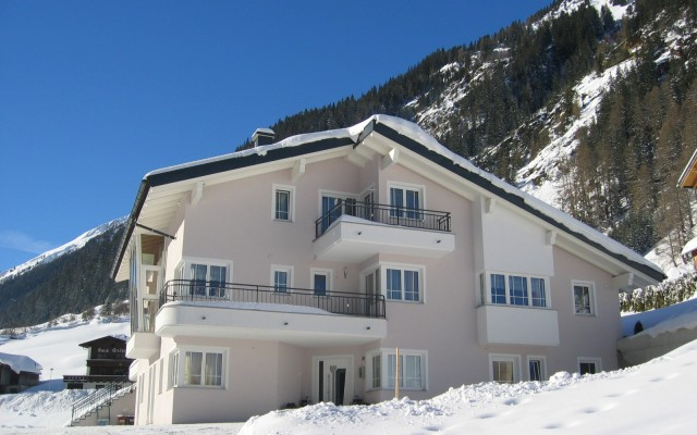ALBARELLA APARTMENTS IN ISCHGL